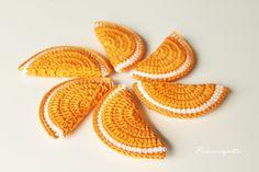 Ohje: Appelsiinilohkot virkataan ympyrävirkkauksena. Aluksi tehdään aloitusrengas, johon virkataan 3 ke...