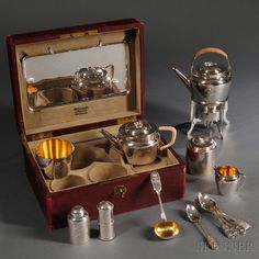 Russian .875 Silver Traveling Tea Service, 1908