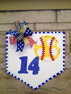 Softball home plate door hanger/wreath by shutthefrontdoor2