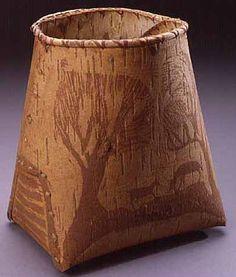 Ojibwe birchbark makak Birch Bark Baskets, Beach Stones, Tree Bark, Everyday Items, Historical Photos, North America, Arts And Crafts, Pottery, Artwork