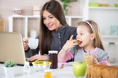 stay at home mom make money blogging