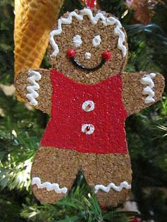 Cork Gingerbread ornament- great holiday craft project for the kiddies!