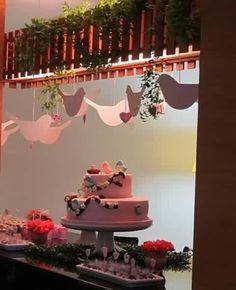 Bom dia!Uma ótima sexta-feira para todos... #15anos#cerimonial#decoraçao#flores#partynight#festade15anos#pink#errejota#RiodeJaneiro#brasil#niteroi#rio#cidadesorriso#ograndedia#wedding#bride#weddingday#voucasar#casamentorj#noivasrj#eventos#eurealizoeventos#universodanoiva#casamentos#weddingromamce#diariodenoivar http://gelinshop.com/ipost/1523220361277492659/?code=BUjkNkklk2z
