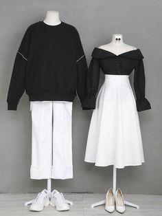 Korean Fashion – How to Dress up Korean Style – Designer Fashion Tips Teen Fashion Outfits, Kpop Outfits, Edgy Outfits, Korean Outfits, Cute Fashion, Girl Fashion, Fashion Design, Rock Outfits, Fashion Dresses