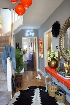 Quirky maximalist hallway # quirky Home Decor You Can Now Shop Home Accessories At Caradise! Hallway Decorating, Interior Decorating, Decorating Ideas, Modern Hallway, Long Hallway, Grey Interior Design, Décor Antique, Small Hallways, Disney Home Decor