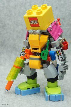 Lego Diy Upcycling Home Design Lego Mecha, Lego Bionicle, Robot Lego, Lego Bots, Robots, Lego Spaceship, Lego Design, Comic Cat, Lego Hacks
