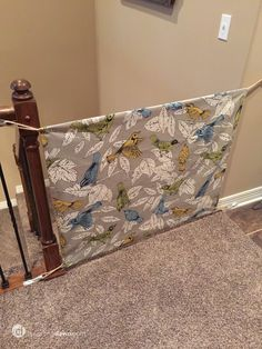 Make a stylish fabric gate, perfect for deterring pets or kids from wandering into off-limit areas. baby gate for stairs fabric Twin Tuesday: DIY Fabric Gate Diy Dog Gate, Diy Baby Gate, Pet Gate, Baby Gate For Stairs, Stair Gate, Puppy Gates, Fabric Baby Gates, Diy Bebe, Diy Sewing Projects