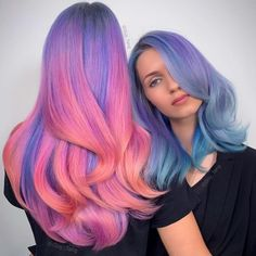 Are you ready girls to summer? So, what about your hair? 🙂 In the summer we began to see bold colors in the hair. For those who are tired of the color of their hair and want to make a big change. Hair Color Purple, Hair Dye Colors, Cool Hair Color, Green Hair, Pink Hair, Ombre Hair, Wavy Hair, Beautiful Long Hair, Gorgeous Hair
