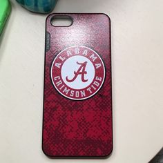 05e96953084 Alabama Crimson tide iPhone 5 case New condition Accessories Phone Cases