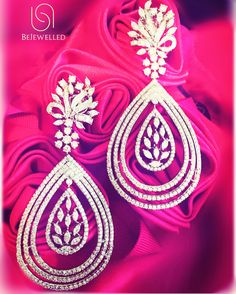 Admire the lustre and finesse in the craftsmanship of chandelier earrings from house of by Aditi Thakur . Diamond Chandelier Earrings, Diamond Necklaces, Gold Necklaces, Dangle Earrings, Gold Jewellery, Jewelery, Fine Jewelry, Gold Polish, Ear Rings