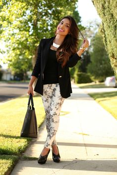 love the black and white floral pants scratch that love the whole outfit!