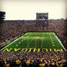 It's football season time. Michigan Athletics, Michigan Wolverines Football, Ncaa College Football, Packers Football, Football Baby, Football Stadiums, Football Season, Best University, University Of Michigan