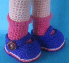 Amigurumi Toys, Amigurumi Patterns, Crochet Designs, Crochet Dolls, Doll Accessories, Leg Warmers, Needlework, Doll Clothes, Barbie
