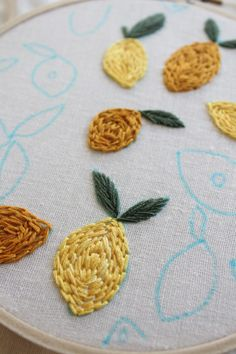 This is a free hand embroidery pdf pattern of lemon and citrus fruits. Great for all levels of embroiderers. Hand Embroidery Stitches, Embroidery Hoop Art, Crewel Embroidery, Cross Stitch Embroidery, Hand Stitching, Simple Embroidery Designs, Creative Embroidery, Diy Clothes Embroidery, Cute Embroidery Patterns