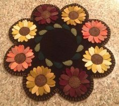 Primitive Wool Penny Rugs Sunflowers