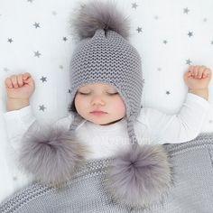 # sweet # lay off # sleep # baby # sweet # good night # good night Ÿ … – KinderMode So Cute Baby, Baby Kind, Cute Baby Clothes, Cute Kids, Cute Babies, Winter Baby Clothes, Baby Knitting, Crochet Baby, Hat Crochet