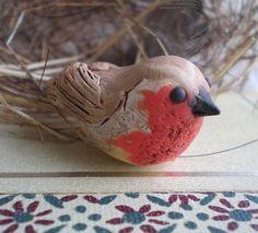 European Robin polymer clay bird bead British by jettabugjewelry