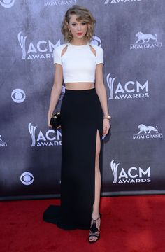 Taylor Swift At The 2014 Academy Of Country Music Awards