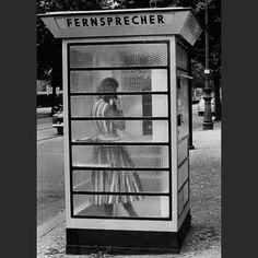 Telefonzelle in Berlin in den 70ern
