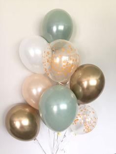 Green, gold and white balloons Light green wedding decorations Green and gold balloons Gold chromed balloons Sage green bridal shower decorations – Baby Shower Decor Deco Baby Shower, Baby Shower Themes, Baby Boy Shower, Baby Shower Green, Shower Ideas, Baby Shower Balloon Ideas, Bridal Shower Balloons, Simple Baby Shower, Shower Party