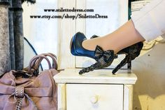 Gold&Black --  If you like what you see, check out our webshops for more!   www.stilettodress.com --  www.etsy.com/shop/StilettoDress