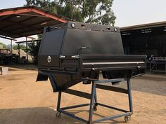 Specialising in customised trays and dog boxes as well as other metal fabrication and engineering. Mild stainless and aluminium No job too big or small Custom Ute Trays, Hilux Camper, Ute Canopy, Camping Canopy, Nissan Patrol, Flat Bed, Car Mods, Toyota Tundra, Truck Bed