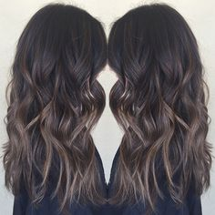 Summer ready with some sun kissed hair ☀️ you cant have virgin hair forever #summerhair #babylights #hairpainting #balayage #ombre #sunkissedhair #beachwaves #prettyhair