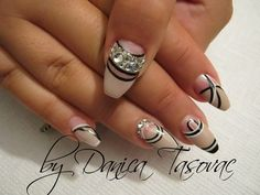 Izabela:)-all five - Nail Art Gallery