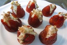 Cheesecake Stuffed Strawberries – Gluten Free Sugar Free!