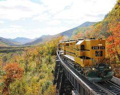 Conway Scenic Railroad, Fall Foliage in Mt. Washington Valley