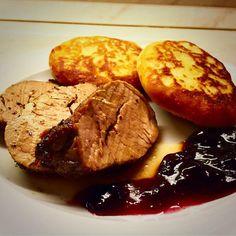 Még soha nem sütöttem egyben szűzpecsenyét. Nagyon egyszerű elkészíteni, és a hús sem szárad így ki. Mellé libazsíros édesburgonya lángost sütöttem, aminek tovább tart leírni a nevét, mint elkészíteni. :) Paleo Recipes, Steak, French Toast, Pork, Breakfast, Kale Stir Fry, Morning Coffee, Steaks, Pork Chops