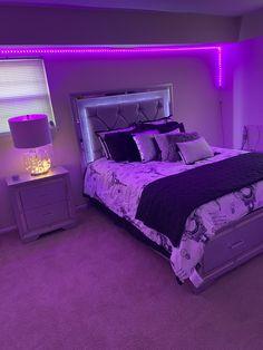 Neon Bedroom, Cute Bedroom Decor, Bedroom Setup, Room Design Bedroom, Stylish Bedroom, Room Ideas Bedroom, Small Room Bedroom, Girl Bedroom Designs, Chill Room