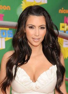 Resultado de imagem para kim kardashian cabelo com trança