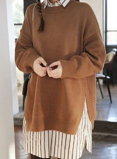 Stylish Round Neck Long Sleeve Pure Color Furcal Women's Sweater