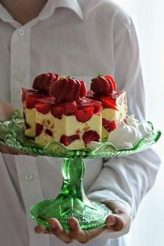 Cake nature fast and easy - Clean Eating Snacks Polish Desserts, Polish Recipes, Cookie Desserts, Fun Desserts, Sweet Recipes, Cake Recipes, Vegan Junk Food, Salty Cake, Holiday Cakes