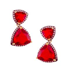 The pieces are versatile and can be worn from day to night. http://www.flipkart.com/jahnvi-elegant-couture-metal-drop-earring/p/itmebgh5jywgxhmv?pid=ERGEBGH5V7HUNFTZ