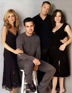 sarah michelle gellar and freddie prinze jr | Sarah Michelle Gellar, Freddie Prinze Jr., Matthew Lillard e Linda ...