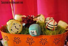 Mad Hatter/Alice in Wonderland cake pops