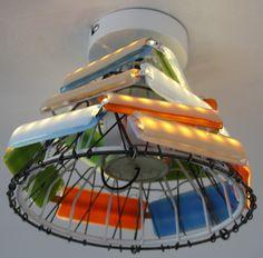 Plafond verlichting - Plafonnière - Kroonluchter; gerecyclede adaptor, ledstrips en gekleurd glas.