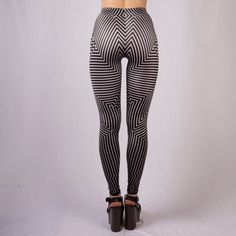 Inducing hard-ons and migraines: Part 1 Funky Leggings, Lycra Leggings, Tight Leggings, Colorful Leggings, Latex Fashion, Optical Illusions, Dance Wear, Style Guides, Fitness Fashion