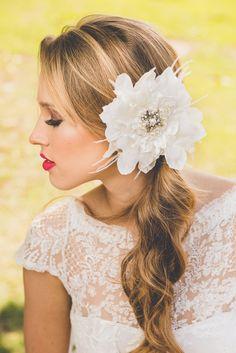 COLEÇÃO BOTÂNICA - Arranjo Flor da Lua - Tulle Noivas