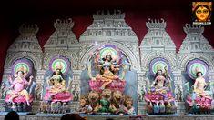The para where the idols are made. Kumartuli is famous for their idol making. No wonder the Durgapuja at Kumartuli Park is exquisite. Here are some pictures. Saraswati Devi, Durga Ji, Durga Goddess, Durga Puja 2017, Ganesha Drawing, Hindu Worship, Mata Rani, Hindu Statues, Indian Gods