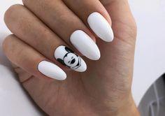15 Pink Nails Ideas Everyone Should Have Toe Nail Art, Toe Nails, Pink Nails, Orchid Nails, Disney Acrylic Nails, Mickey Nails, Romantic Nails, Pearl Nails, Simple Nails