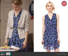 Stevie's blue printed v-neck dress on Madam Secretary.  Outfit Details: http://wornontv.net/47630/ #MadamSecretary