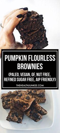 Fudgy Pumpkin Flourless Brownies - vegan, gluten free - the health junkee Paleo Dessert, Gluten Free Desserts, Healthy Desserts, Gluten Free Recipes, Vegan Recipes, Carob Recipes, Gluten Free Pumpkin Cookies, Hot Desserts, Healthy Food