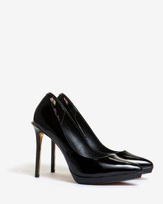 Sapatos de Couro Verniz Erella. Marca Ted Baker.