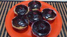 Sabores da Cozinha sem Glúten: Cupscakes de Cenoura , Laranja e coco, com recheio de ganache e glacê aromatizado de laranja.
