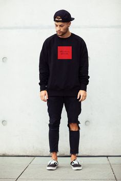 Broken Saints Signature Box Pullover mit Rundhalsausschnitt M / Rot Streetwear Mode, Streetwear Fashion, Streetwear Summer, Rugged Style, Style Men, Preppy Style, Men's Style, Casual Outfits, Men Casual