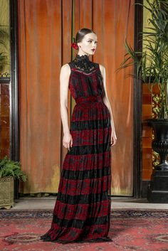 Alice + Olivia Fall 2015 Ready-to-Wear Fashion Show Collection: See the complete Alice + Olivia Fall 2015 Ready-to-Wear collection. Look 22 Alice Olivia, Runway Fashion, High Fashion, Fashion 2015, Boho, Vogue, Fashion Show Collection, Couture Dresses, Grunge
