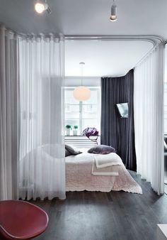 Si tienes espacios abiertos en tu hogar y no sabes cómo separarlos sin gastar una fortuna... las cortinas son la solución. ¡Descúbrelo aquí!